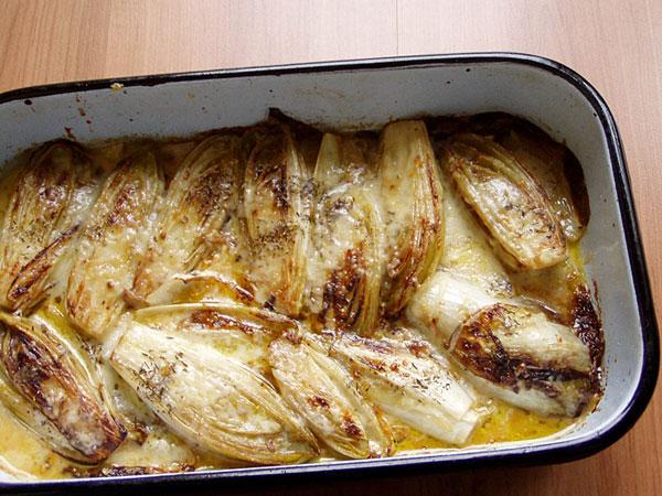 Chicorée mit Quittengelee, Szechuan-Pfeffer, Thymian und Senf