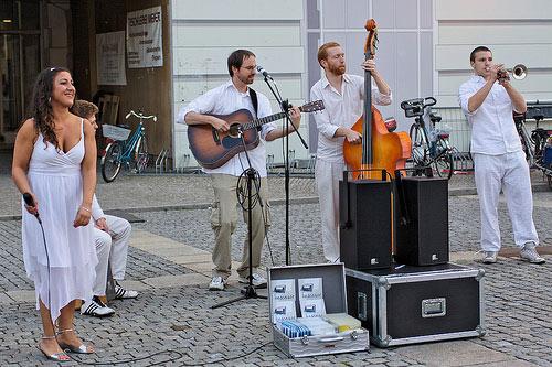 erstes Diner En Blanc in Berlin (Bebelplatz)