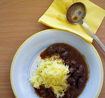 Hähnchenherzen-Ragout mit Spaghettikürbis