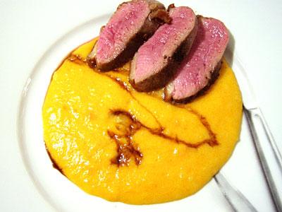 Kartoffel-Karotten-Püree mit Entenbrust